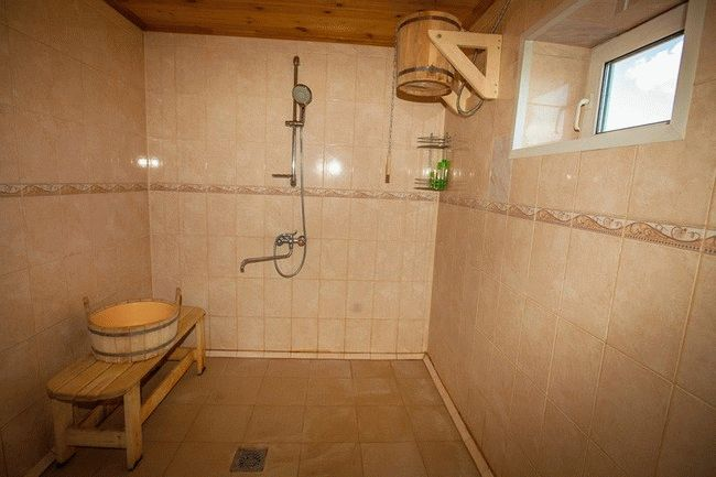 Как отделать моечную в деревянной бане