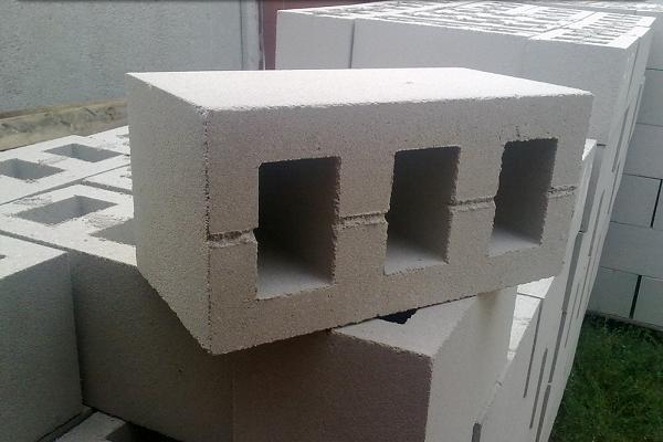 Какой фундамент под шлакоблок
